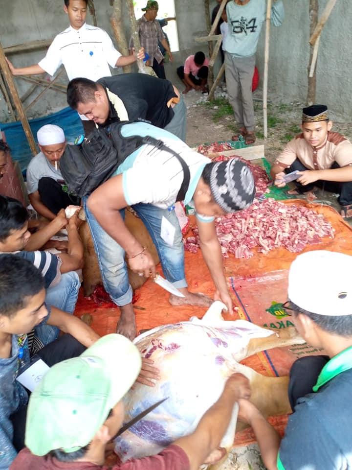 Tebar Qurban Bersama 150 Santri Yatim dan Dhuafa Pondok Pesantren Manahilul Ilmi